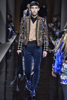 Balmain Coat, Balmain Paris, Mens Fall, Mens Winter, Fall Winter, Mens Burgundy Blazer, Classy Jeans Outfit, Bohemian Style Men, Mens Fashion