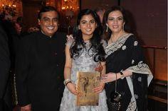 The private life of Nita Ambani Nita Ambani, Private Life, Jodhpur, Bollywood News, Indian, Hello Magazine, Kurtis, Salwar Kameez, Stage