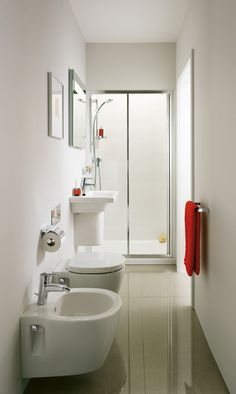 Bathroom solutions Small bathroom ideas - space-saving bathroom furniture and many clever . Small Shower Remodel, Cheap Bathroom Remodel, Bathtub Remodel, Cheap Bathrooms, Bathroom Renovations, Guest Bathrooms, Restroom Remodel, Narrow Bathroom, Simple Bathroom