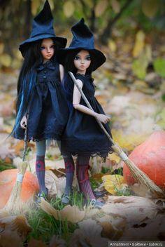 Совсем не страшные ведьмочки Минифи образы на Хэллоуин / BJD - шарнирные куклы БЖД / Бэйбики. Куклы фото. Одежда для кукол Bjd Dolls, Barbie Dolls, Hello Dolly, Hello Kitty, Dolls With Long Hair, Monster Dolls, Barbie Life, Halloween Doll, Doll Repaint