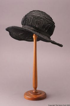 Tulle Hat with Straw Decoration, c. 1915.