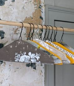 DIY Fabric Covered Clothes Hanger-good way to make wire hangers grip the clothes better. Fabric Covered Hangers, Wire Coat Hangers, Clothes Hangers, Metal Hangers, Plastic Hangers, Diy Clothes, Baby Hangers, Padded Hangers, Diy Projects