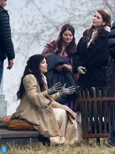 Photos - Once Upon a Time - Season 3 - Set Photos - 27th November 2013 - Once Upon a Time - Season 3 - Set Photos - 27th November 2013 (50)