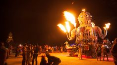 Eric Schmidt confirms it: He sealed the deal with Google at Burning Man http://venturebeat.com/2014/09/25/eric-schmidt-confirms-it-he-sealed-the-deal-with-google-at-burning-man/