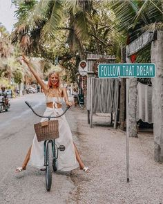 Dreaming of the weekend in the Bandeau exploring Tulum xx Mexico Vacation, Mexico Travel, Vacation Spots, Cozumel, Cancun, New Travel, Travel Style, Travel Fashion, Travel Tips