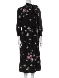 Marc Jacobs Dress, Dress Outfits, Dresses, Mock Neck, Sustainable Fashion, Floral Prints, High Neck Dress, Silk, Clothes For Women
