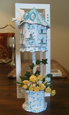 Dove Cote by Maxine Simpson, using a card making template from Card Carousel. Bird Crafts, Paper Crafts, Card Making Templates, Birdcages, Display Boxes, Birdhouse, Carousel, Making Ideas, Cardmaking