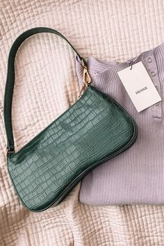 JW PEI believe that the future of fashion should be ethical and sustainable. Look Fashion, Fashion Bags, My Bags, Purses And Bags, Cute Bags, Luxury Bags, Aesthetic Clothes, Bag Sale, Vegan Leather