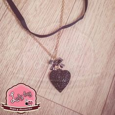 Pendiente Black Heart En Stock, Ladybug, Bugs, Pendant Necklace, Jewelry, Fashion, Choker Necklaces, Chokers, Earrings