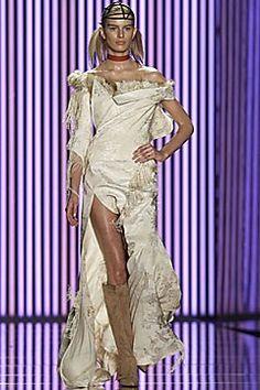 John Galliano Fall 2001 Ready-to-Wear Fashion Show - Karolina Kurkova, John Galliano