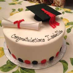 What a beautiful graduation cake! What a beautiful graduation cake! Cake Cookies, Cupcake Cakes, Cupcakes, High School Parties, Graduation Cake, Sweet Tea, Pretty Cakes, Cookie Decorating, Special Occasion