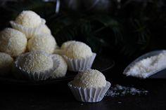 V kuchyni vždy otevřeno ...: Kokosové kuličky Rafaelo Muffin, Breakfast, Desserts, Food, Morning Coffee, Tailgate Desserts, Deserts, Eten, Postres