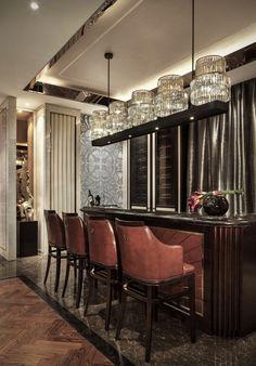 Ideas art deco bar design awesome for 2019 Classic Bar, Classic Style, Art Deco Bar, Hospitality Design, Restaurant Bar, Restaurant Design, Modern Design, Design Art, Design Ideas