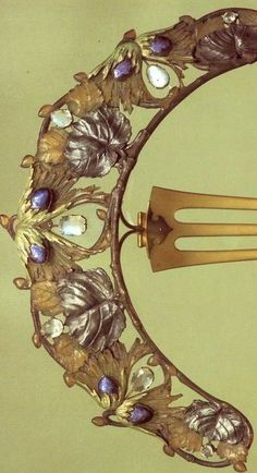 Lalique 1900-02 'Hazel Branch' Diadem: horn/ gold/ enamel/ silver/ moonstones: purchased from the artist in 1903.