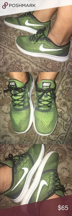factory price df767 45389 New unisex Nike running shoes Fits men at 7.5 and women at 9 Nike Shoes  Athletic