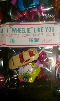 Matchbox cars are big right now at Alexis' daycare, so I thought this free, printable valentine would be perfect. They were a hit!  Thanks Creative Mama Blog...  http://thecreativemama.com/will-you-be-my-valentine/