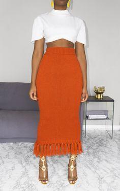 Amazing African fashion clothing looks Tips 1037330306 Mode Outfits, Chic Outfits, Fashion Outfits, Womens Fashion, Fashion Trends, Skirt Fashion, Spring Outfits, Latest Fashion, Fashion Ideas
