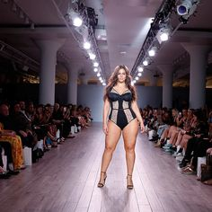 Model Ashley Graham walks the runway at Addition Elle Presents Holiday 2016 RTW + Ashley Graham Lingerie Collection at Kia NYFW on September 2016 in New York City. Get premium, high resolution news photos at Getty Images Ashley Graham Model, Ashley Graham Dessous, Ashley Graham Lingerie, Addition Elle, Picture Of Body, Hijab Wedding, Wedding Dresses, Models Backstage, Lacy Lingerie