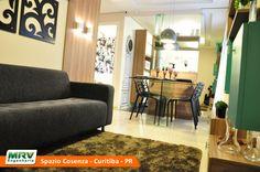 Apartamento Decorado do Spazio Cosenza, no bairro Pinheirinho - Curitiba - PR - MRV Engenharia - Sala de Televisão.