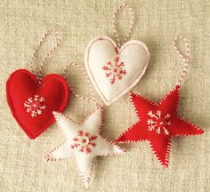 Set of 4 red & white felt Christmas tree by DrinkTeaandSew on Etsy