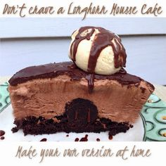 Decadent Chocolate Mousse Cake (Longhorn Steakhouse Chocolate Mousse Cake) | Copycat Restaurant Recipes