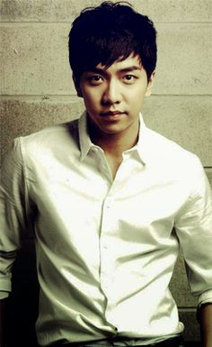 Lee Seung Gi...so fine. :))))