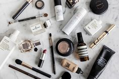 How to organise your beauty routine: Make your life that little bit easier by organising your beauty routine with these 5 simple tips.