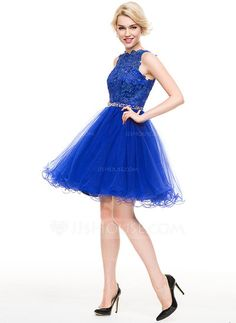 A-Line/Princess Scoop Neck Knee-Length Beading Sequins Zipper Up Regular Straps Sleeveless No Royal Blue Spring Summer Fall General Plus Tulle Height:5.7ft Bust:33in Waist:24in Hips:34in US 2 / UK 6 / EU 32 Homecoming Dress