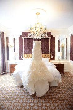 Glamorous Vera Wang wedding gown | Photography: XO Andrea - www.xoandrea.com/ Read More: http://www.stylemepretty.com/2014/11/17/new-york-city-wedding-at-the-saint-regis-hotel/