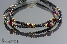 bracelet with black spinal an rubis