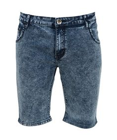 Every wardrobe needs its essentials, and these retro casual cool acid wash denim shorts are a surefire summer hit! From check shirt to grungy tee, these will see you through the season in style. £19.99 #newlookfashion #newlook #menswear #holiday #summer