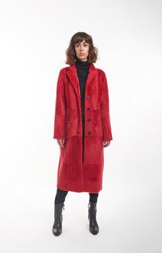 Wendbarer Lammfellmantel Christen, Fur Coat, Womens Fashion, Fashion Styles, Jackets, Kleding, Women's Fashion, Woman Fashion, Fur Coats