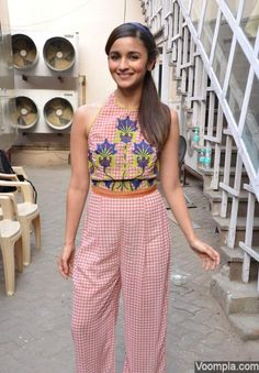 A playful Alia Bhatt channels a girly and retro vibe in Nida Mahmood separates - styled by Ami Patel. via Voompla.com