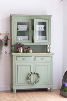 Shabby Chic Buffet, Shabby Chic Decor, Vintage Buffet, Chabby Chic Kitchen, Rustic Decor, Home Decor Furniture, Shabby Chic Furniture, Furniture Makeover, Painted Furniture