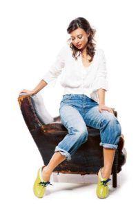 Rocking Your Clogs with Denim Jeans | superiorclogs.com