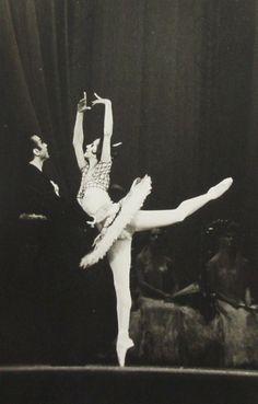 Natalia Bessmertnova Kitri in Don Quixote