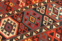 Catawiki Online-Auktionshaus: Kelim, Kaukasus, antik, 328 x 198 cm Bohemian Rug, Rugs, Home Decor, Auction, To Draw, Farmhouse Rugs, Interior Design, Home Interior Design, Floor Rugs