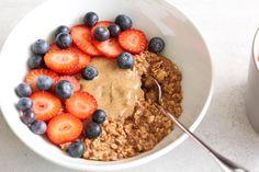 raw cacao oatmeal breakfast