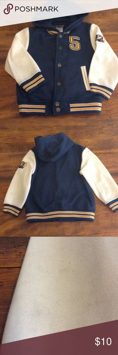 Toddler varsity hoodie Not in perfect condition, subtle smudge in gray on sleeves, see pics, not bad and you will barely notice, priced accordingly, he got so many compliments wearing this, size toddler 4T Boyz wear Jackets & Coats