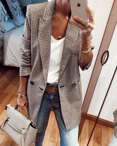 International Shopping: Shop women's fashion that ships internationally Cool Outfits, Casual Outfits, Fashion Outfits, Amazing Outfits, Fashion Clothes, Smart Outfit, Mode Style, Work Fashion, Casual Tops