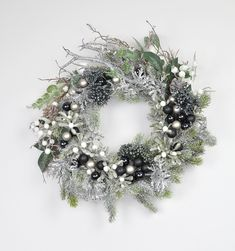 Modern Christmas wreath, Silver, black and white Christmas wreath, Christmas wreath for front door, Xmas wreath front door, READY TO SHIP