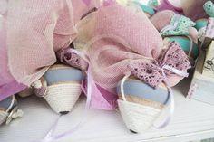 Παιδική μπομπονιέρα σβούρα vintage Baby Shoes, Kids, Clothes, Vintage, Fashion, Young Children, Outfits, Moda, Boys