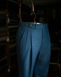 Do you wear deep pleat trousers? @bntailor #bespoke #sartorial #elegance #classic #sprezza #mnswr #mensweardaily #lookbook