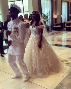 US Naval Officer's Epic First Look Reaction to seeing his Beautiful Bride - - Oskino and Stephanie Omorogbe's Beautiful Nigerian Wedding in New York. The Groom's first look reaction was epic. Relive the Nigerian Traditional Wedding. Wedding Dance Video, Wedding Videos, Tulle Wedding, Wedding Gowns, Dream Wedding, Wedding Bride, Ugly Wedding Dress, Wedding First Look, African Wedding Dress