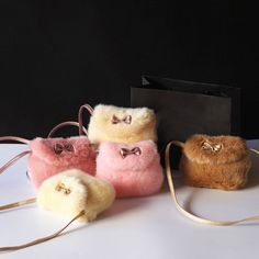 New Girls Kids Purse Bowknot Mini Artificial Fur Handbags Cross Body Comfortable Cute Handbag Make Up Box Magenta, Kids Purse, Hijab Look, Fur Bag, Fur Purse, Accesorios Casual, Cute Handbags, Pink Kids, Girls Bags