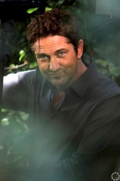Gerard Butler -Playing for Keeps... I love u!!!!
