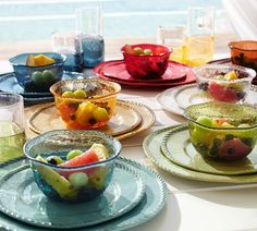 Rope Outdoor Dinnerware Turquoise // This all-melamine collection lets you dine outdoors all summer long. Each rope-trimmed piece bears the beautiful appearance of hand-painted and -glazed Italian country ceramics, but is completely unbreakable. Mix and match these plates to set a table that's both stylish and easy.
