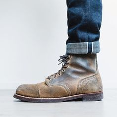 Photographer @hansjellema is showing us some indigo bleeding on his pair of Red Wing Shoes 8113 Iron Ranger in Hawthorne Muleskinner. We the indigo! What is your favorite pair of trousers to combine with your boots? - http://ift.tt/180OFjM -...