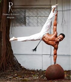 Bollywood,Tollywood news,events, actress gallery,photos Tiger Shroff Body, Tiger Dance, Indian Male Model, Disha Patni, Tiger Love, Male Fitness Models, Look 2018, Martial Artists, Hrithik Roshan