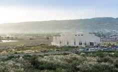 100 Walls Church / CAZA